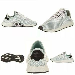 NWB The Adidas Originals Deerupt Runner Shoe